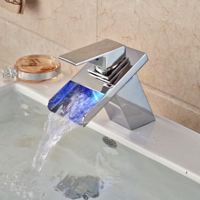 """14 thiết kế vòi nước """"sang chảnh"""" dẫn đầu xu hướng decor của năm 2018 - Ảnh 7."""