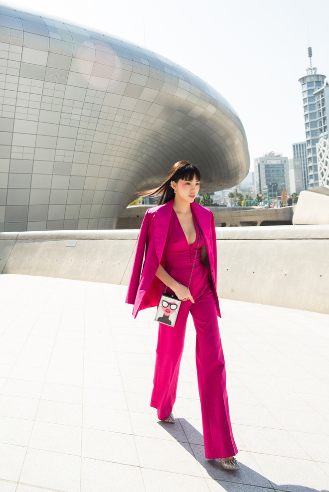 Ninh Dương Lan Ngọc quái đến không nhận ra, Hoa hậu Jolie Nguyễn sexy tại Seoul Fashion Week - Ảnh 8.