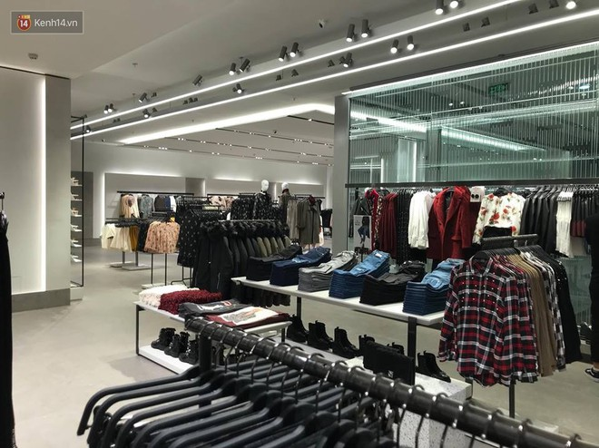 HOT: Tận mặt ngắm trọn 3 tầng của store Zara Hà Nội, to và sáng nhất phố Bà Triệu - Ảnh 8.