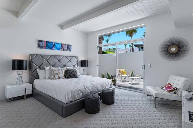 Thiết kế phòng ngủ theo phong cách Midcentury ấm áp đón đông về - Ảnh 9.