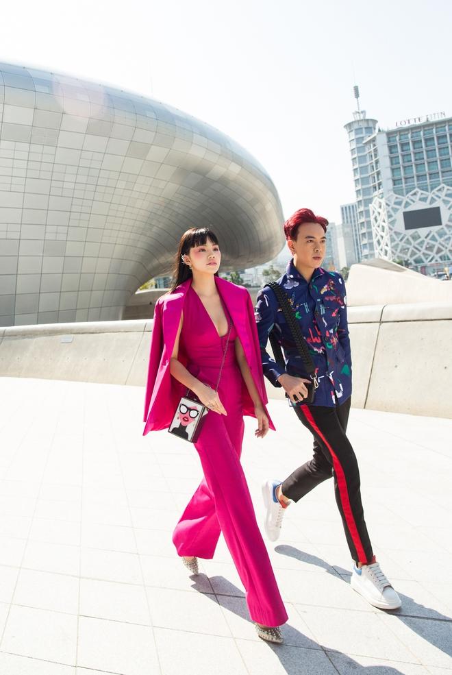 Ninh Dương Lan Ngọc quái đến không nhận ra, Hoa hậu Jolie Nguyễn sexy tại Seoul Fashion Week - Ảnh 9.