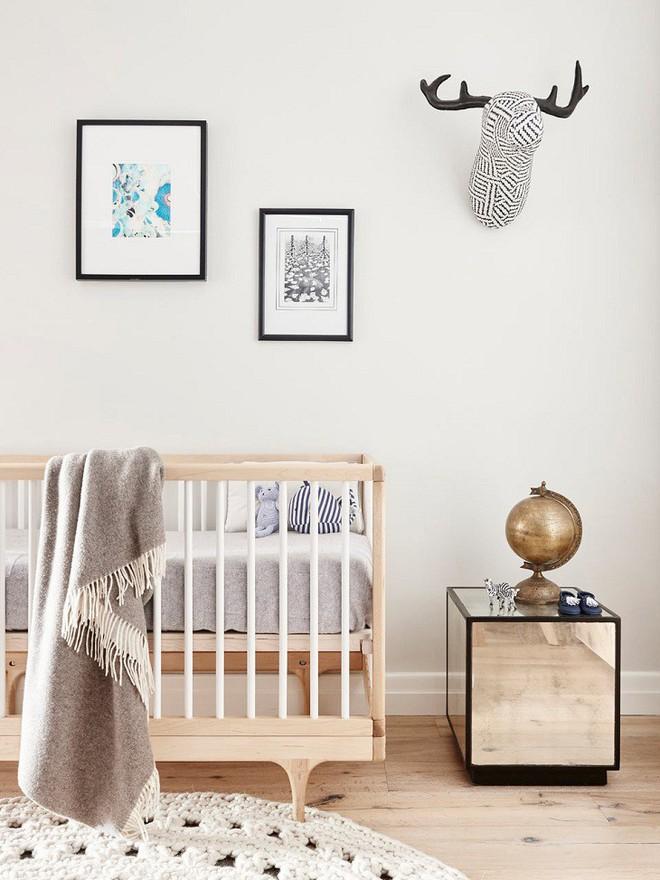 Hãy xem cách cặp vợ chồng này thay đổi không gian sống để chào đón đứa con sắp chào đời của mình - Ảnh 10.