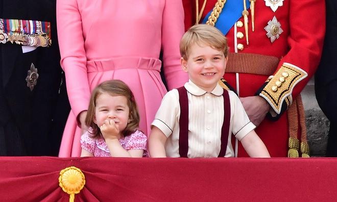 Tên em bé thứ ba nhà Công nương Kate đã được dự đoán, Alice có thể là một lựa chọn hay - Ảnh 2.