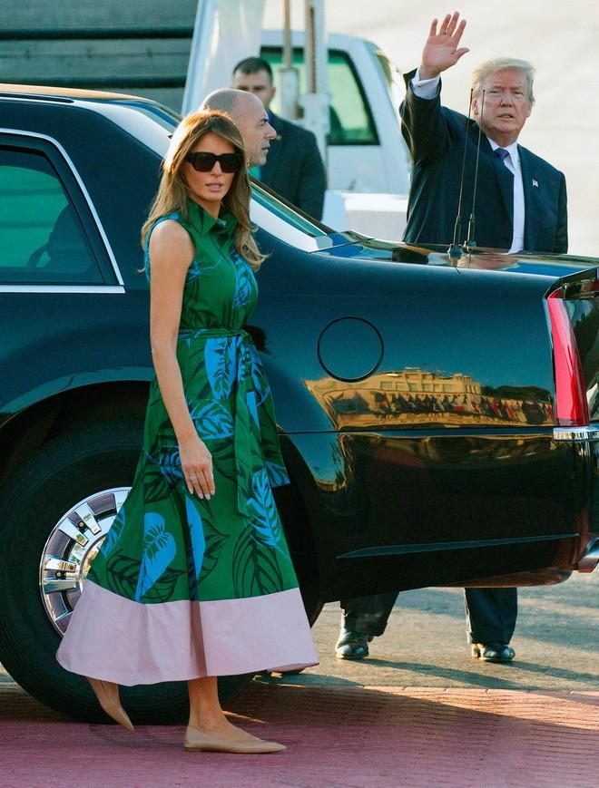 Phu nhân Melania Trump chịu chi hơn 1 tỷ cho váy áo trong chuyến công du 3 nước châu Á - Ảnh 1.