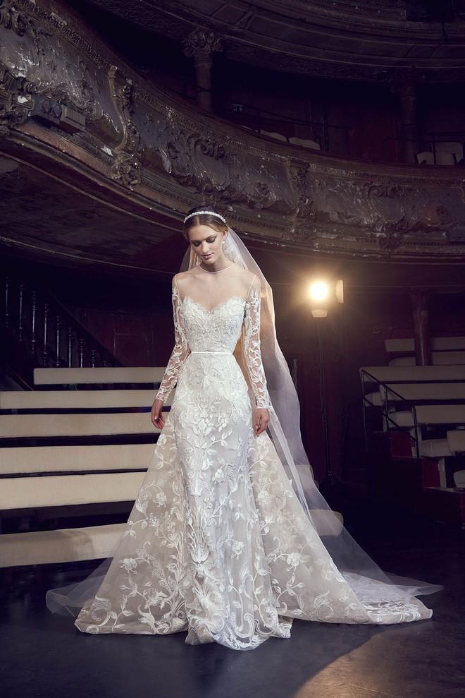 Sang năm mới cưới, nhưng đã có loạt dự đoán về chiếc váy mà hôn thê của Hoàng tử Harry sẽ mặc  - Ảnh 4.