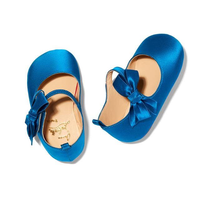 Ông hoàng giày đế đỏ Christian Louboutin lần đầu tiên ra mắt mẫu giày xinh xắn dành cho bé gái - Ảnh 5.