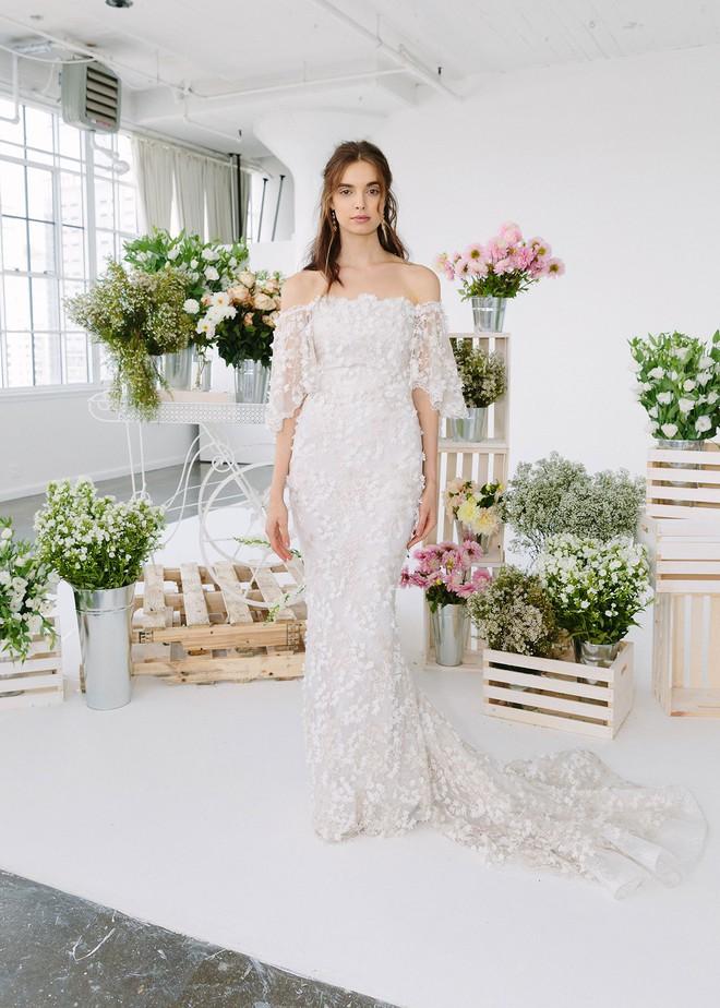 Sang năm mới cưới, nhưng đã có loạt dự đoán về chiếc váy mà hôn thê của Hoàng tử Harry sẽ mặc  - Ảnh 8.