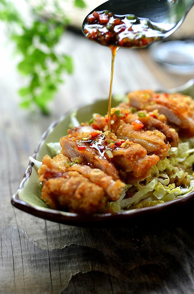 Salad gà chiên thơm giòn ăn ngon mà không sợ béo - Ảnh 7.