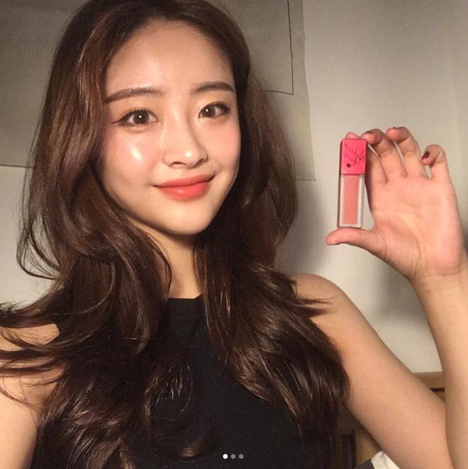 Sau son đỏ 3CE thì con gái Hàn lại mê tít 3 màu son mới của Nakeup Face - Ảnh 3.