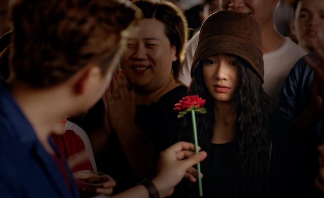 Loạt hình ảnh vừa bí ẩn vừa lãng mạn chảy tim của Nhã Phương - Ngô Kiến Huy - Ảnh 5.