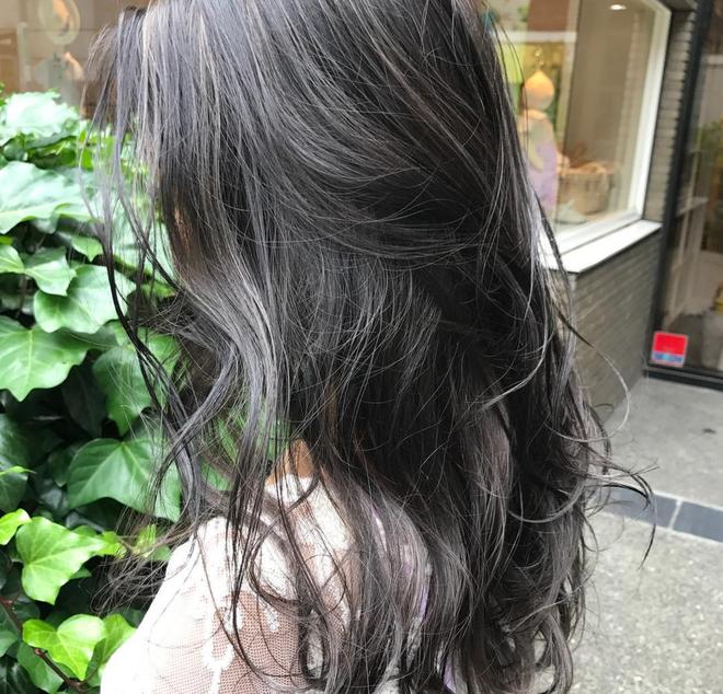 4 màu tóc khói mà nàng công sở nhuộm thoải mái không sợ nổi - Ảnh 10.