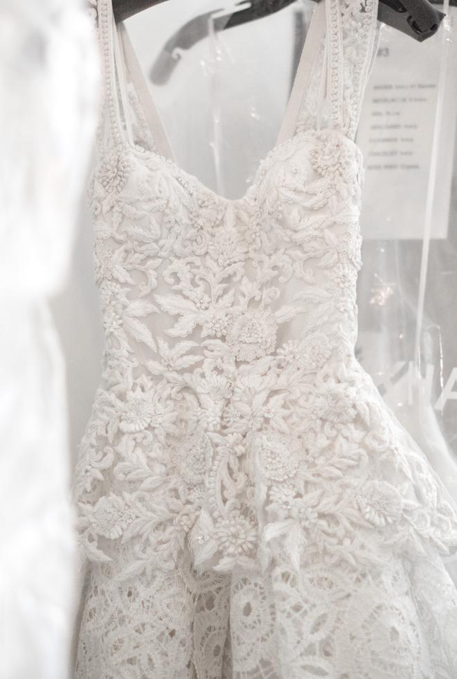 Còn mấy ngày nữa là lên xe hoa, cùng dự đoán xem Thu Thảo chọn kiểu váy cưới nào trong ngày hạnh phúc nhất - Ảnh 16.
