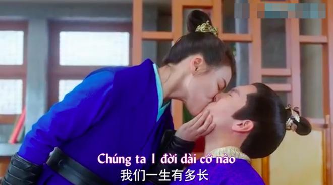Chết cười với cảnh nam chính Tướng quân ở trên suy sụp vì bị vợ cưỡng hôn - ảnh 9