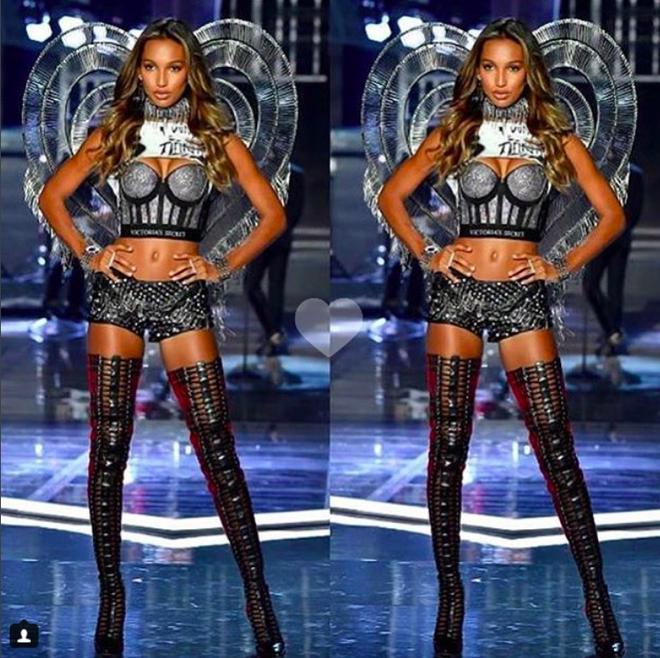 Giờ G đã điểm, Victorias Secret show 2017 chính thức diễn ra với những màn trình diễn nóng bỏng của các thiên thần - Ảnh 14.