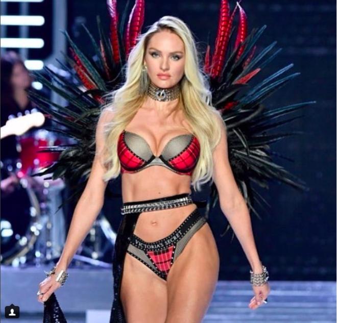 Giờ G đã điểm, Victorias Secret show 2017 chính thức diễn ra với những màn trình diễn nóng bỏng của các thiên thần - Ảnh 12.