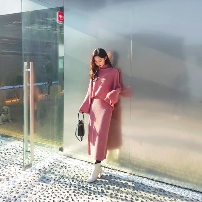 Lên đồ ấm áp cho ngày trời lạnh tăng cường với 4 kiểu chân váy chuyên dụng của mùa đông - Ảnh 8.
