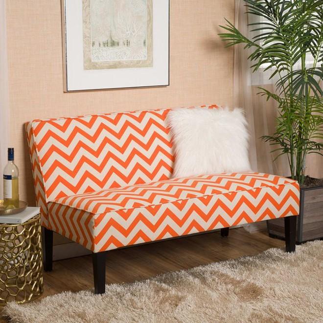 Đổi gió cho phòng khách với những mẫu sofa thiết kế đẹp và giá mềm - Ảnh 1.
