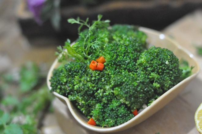 Nếu muốn giảm cân đừng bỏ qua món súp lơ trộn dễ làm mà dễ ăn - Ảnh 5.