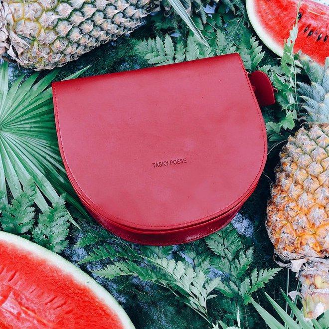 Túi thiết kế của Việt Nam giờ không chỉ đẹp mà còn trendy chẳng kém gì túi hiệu đắt đỏ - Ảnh 1.