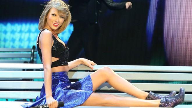 Lọt top 10 mỹ nhân đẹp nhất 2017, Taylor Swift bật mí thêm mẹo giữ dáng đơn giản ai cũng có thể làm được - Ảnh 5.