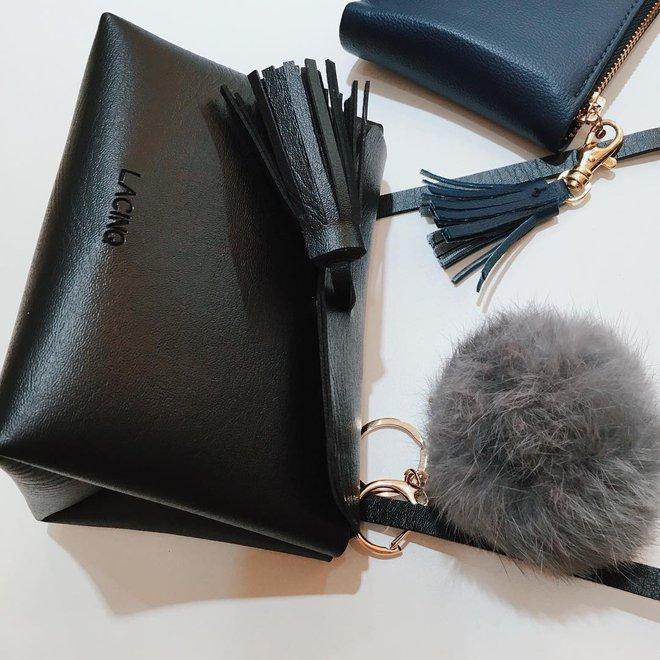 Túi thiết kế của Việt Nam giờ không chỉ đẹp mà còn trendy chẳng kém gì túi hiệu đắt đỏ - Ảnh 10.