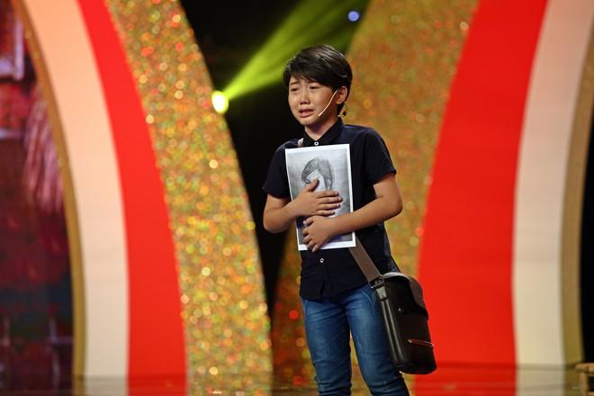 Cậu bé bị hư thận 6 tuổi diễn hài siêu giỏi khiến ai cũng xúc động - Ảnh 10.