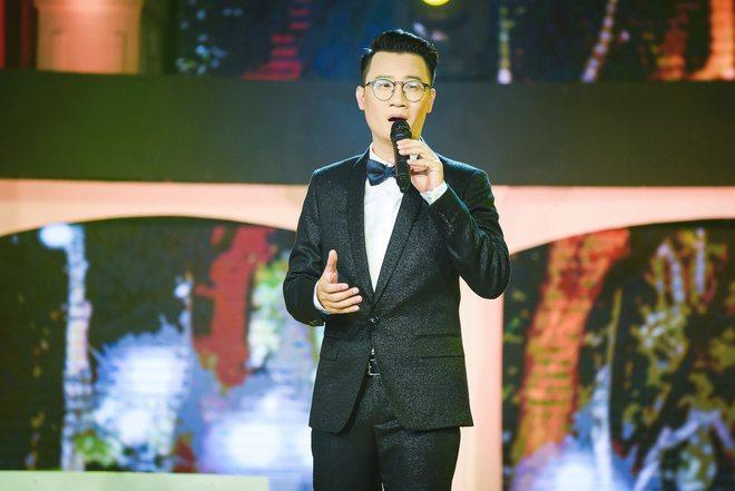 Ở tuổi U50, MC Thanh Mai vẫn gợi cảm khoe đường cong bốc lửa - Ảnh 8.