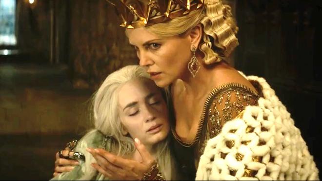 Hoàng hậu được mệnh danh là ác phụ độc dược, 3 đời chồng vẫn đẹp như đóa hồng Athens - ảnh 6