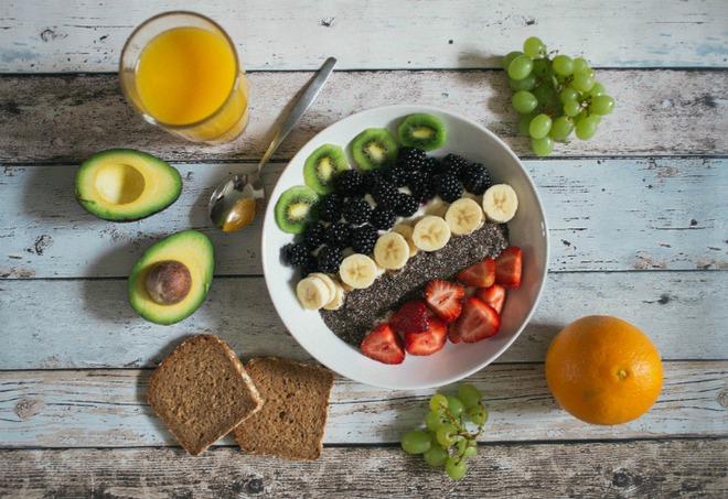 Không phải những gì bạn ăn, thời gian ăn uống mới là yếu tố giúp bạn không tăng cân - Ảnh 3.