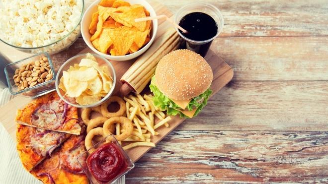 Top 7 thực phẩm gây lão hóa da nếu ăn hàng ngày sẽ làm cho bạn già đi rất nhanh - Ảnh 5.