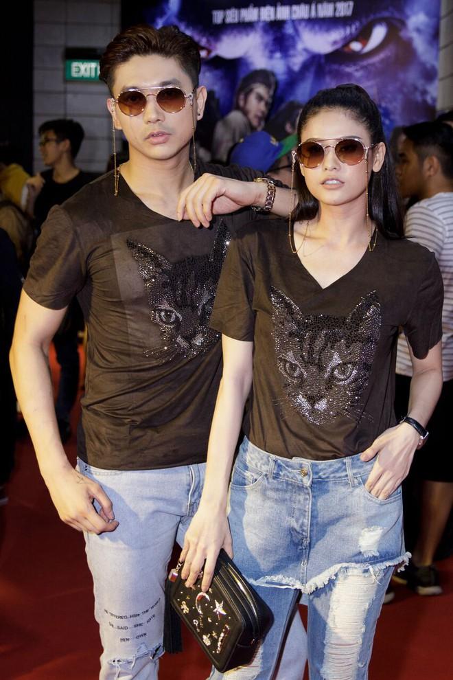 Tim - Trương Quỳnh Anh mặc giống hệt nhau đi xem Tôn Ngộ Không - Ảnh 1.