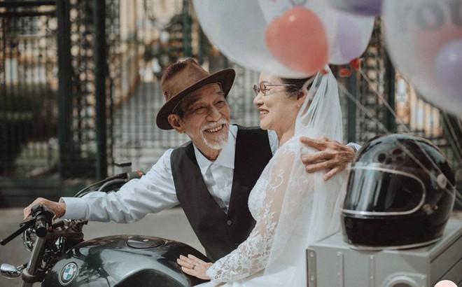 Tình yêu ngày xưa của ông bà đẹp lắm, chạm tay nhau thôi là nhớ nhau suốt đời - Ảnh 6.
