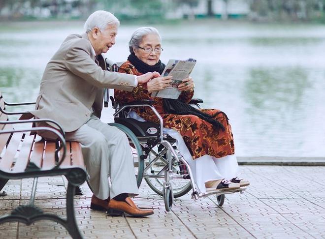 Tình yêu ngày xưa của ông bà đẹp lắm, chạm tay nhau thôi là nhớ nhau suốt đời - Ảnh 7.