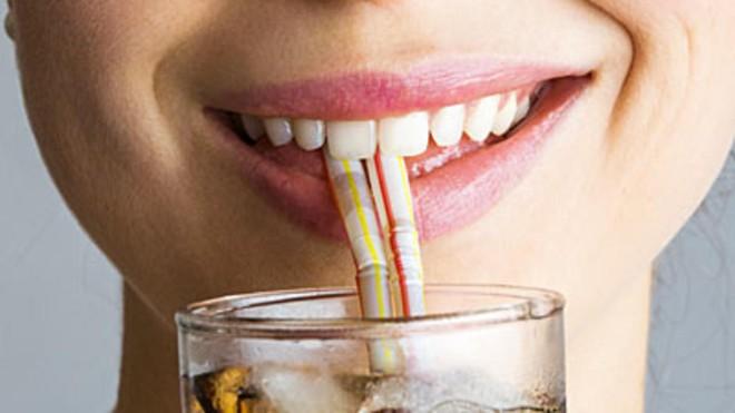 Khi ăn, đừng quên làm 4 điều này thì không bao giờ phải lo đầy hơi, chướng bụng - Ảnh 2.