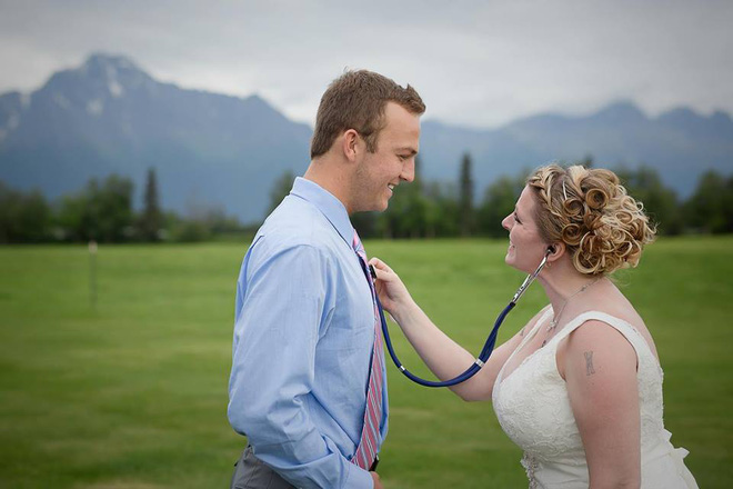 Không ai dám ngờ món quà chú rể tặng cô dâu trong ngày cưới chính là trái tim của con trai - Ảnh 4.