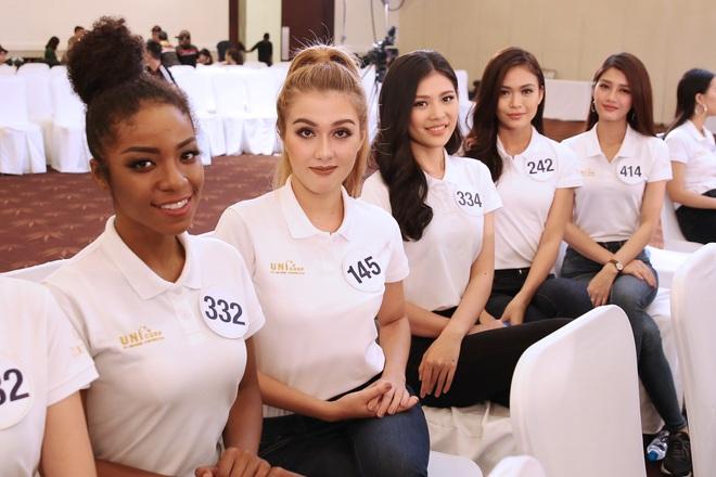 Sau ồn ào rút khỏi cuộc thi, hình ảnh Mai Ngô mất hút ở Hoa hậu Hoàn vũ 2017 - ảnh 4