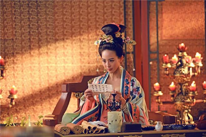 Triệu Phi Yến: Từ kỹ nữ lên làm Hoàng hậu Trung Hoa, ngang nhiên ngoại tình cùng cả dàn trai trẻ - Ảnh 7.