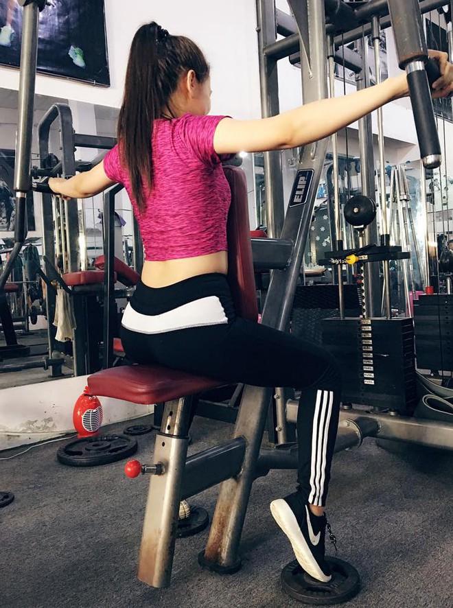 Bí quyết siết cơ, giảm ngay 1,5kg trong 3 ngày của huấn luyện viên xinh đẹp khiến mọi người phát sốt - Ảnh 3.