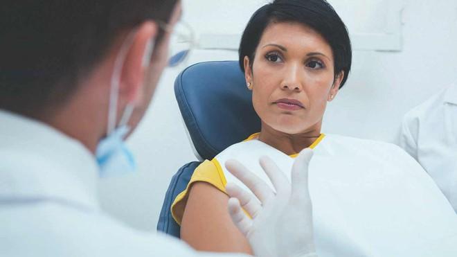 Không chỉ quan hệ đường miệng, thói quen lười biếng này cũng có thể dẫn đến ung thư vòm họng - Ảnh 3.