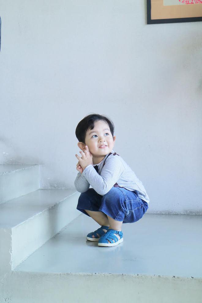 Con trai Khánh Thi - Phan Hiển được cưng như hoàng tử trong tiệc sinh nhật 2 tuổi - Ảnh 19.