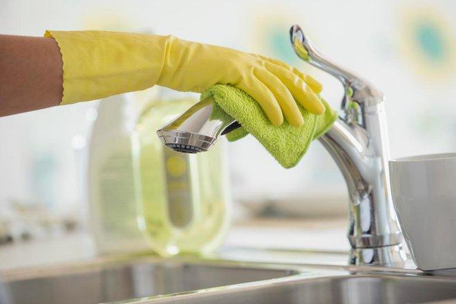 Những vị trí tưởng sạch nhưng chứa đầy vi khuẩn trong bếp nhà bạn - Ảnh 5.