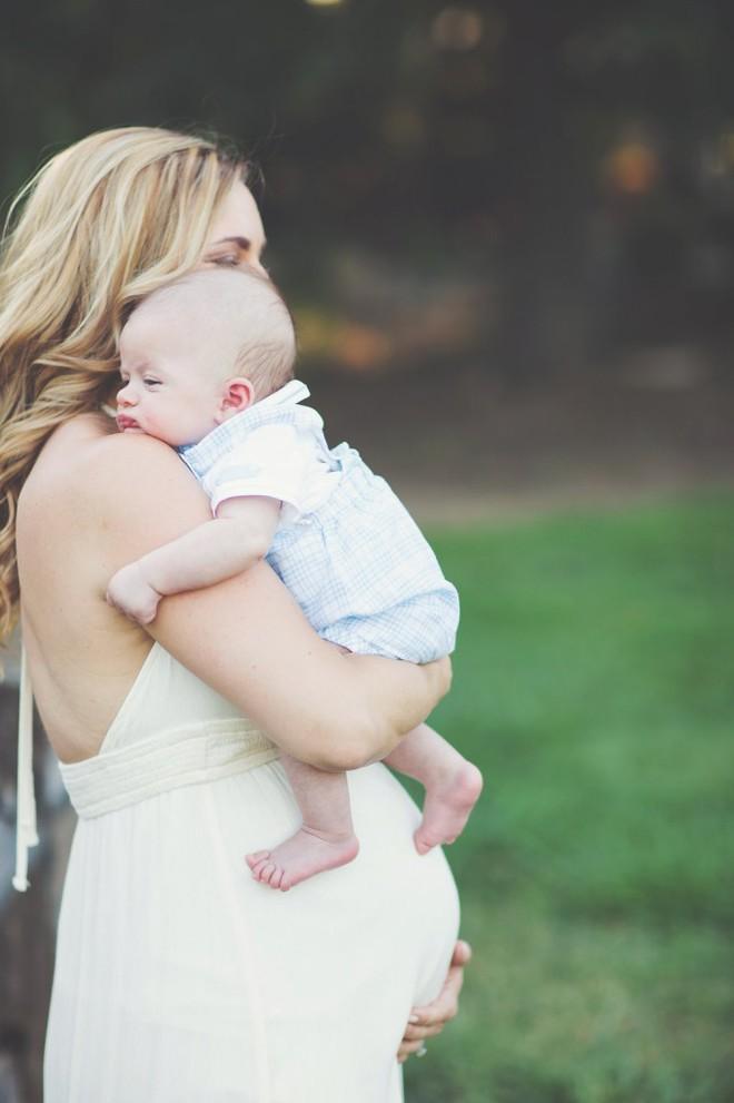 Nhận con nuôi sau 4 năm hiếm muộn, 1 tuần sau cặp vợ chồng mong con lại phải rơi nước mắt - Ảnh 4.