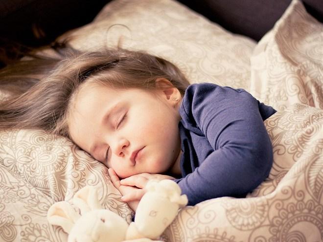 Chỉ nói một câu, bà mẹ này đã dễ dàng đánh thức con dậy đi học mỗi sáng - Ảnh 2.