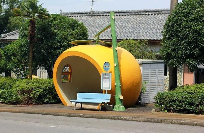 Những trạm xe buýt cực lạ khiến bạn phải thốt lên chỉ có thể là Nhật Bản - Ảnh 7.
