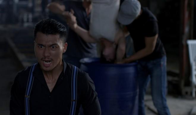 Phim của Nhật Kim Anh tiếp tục lộ loạt cảnh nóng bỏng khiến khán giả... sợ hãi - Ảnh 5.