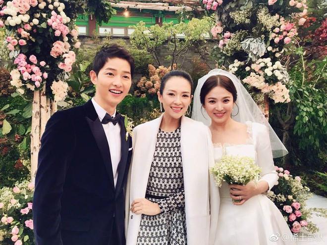 Chương Tử Di nổi bật giữa dàn mỹ nhân Hàn khi diện váy liền 6 triệu đến dự đám cưới Song - Song - Ảnh 4.