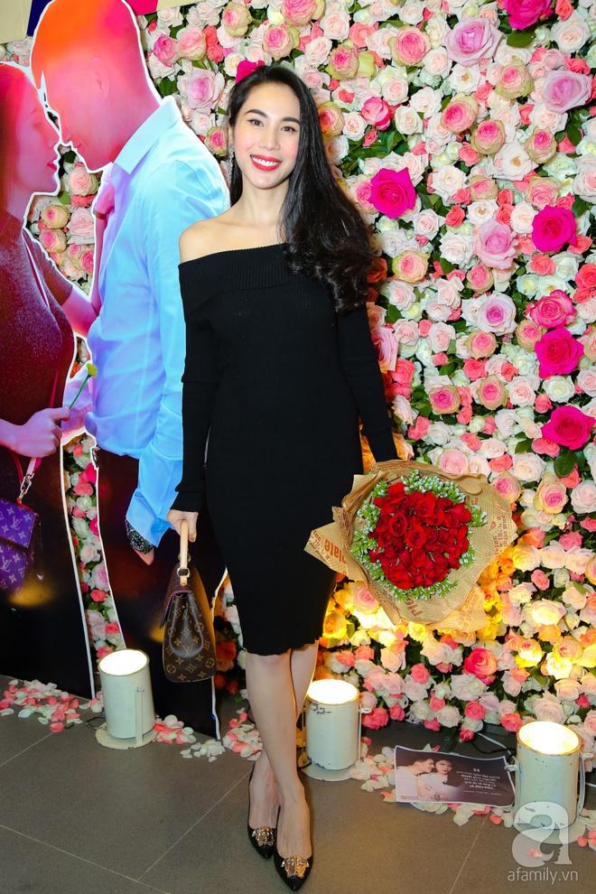 Thủy Tiên chơi trội đầu tư trăm triệu quần áo trong MV lãng mạn cùng Công Vinh - Ảnh 1.