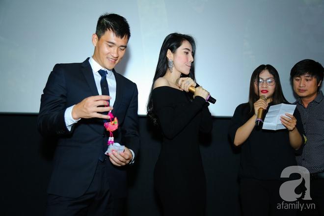 Thủy Tiên chơi trội đầu tư trăm triệu quần áo trong MV lãng mạn cùng Công Vinh - Ảnh 6.