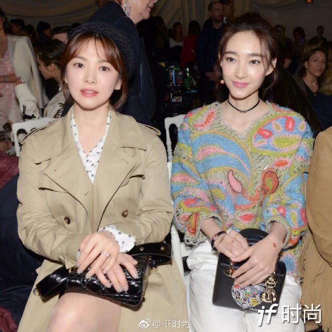 Chẳng ăn diện màu mè, Song Hye Kyo vẫn khiến người ta chú ý vì style thanh lịch tại show Dior - Ảnh 7.
