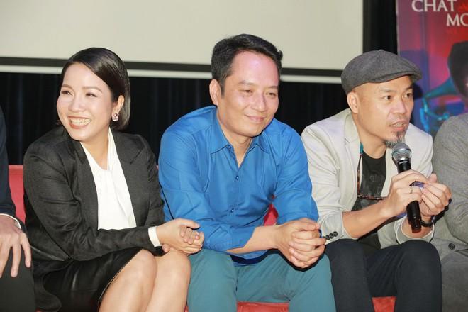 Diva Mỹ Linh bất ngờ kỉ niệm 20 năm ngày cưới bằng tour diễn xuyên Việt ở tuổi U50 - Ảnh 4.
